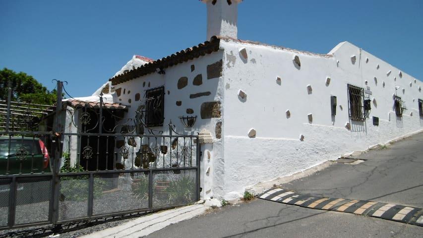 Casa Los Mirlos - El Roque - Hus