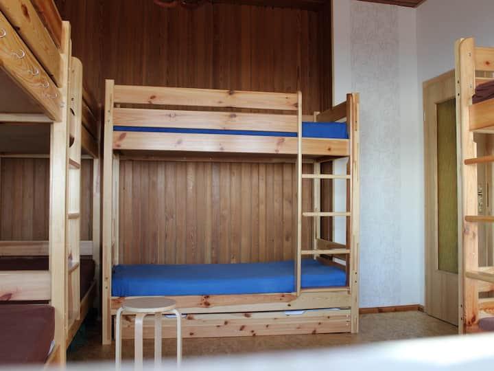 Bett im Wanderlager