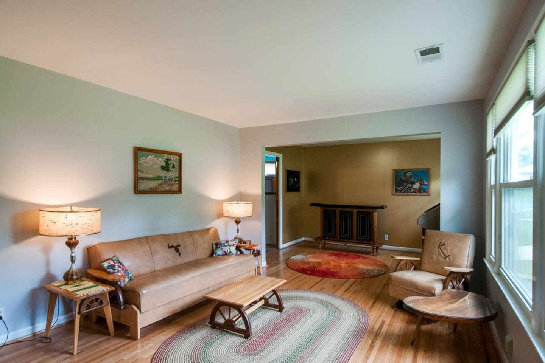 Vintage western naugahyde living room! *House has more art now. We need new pics!