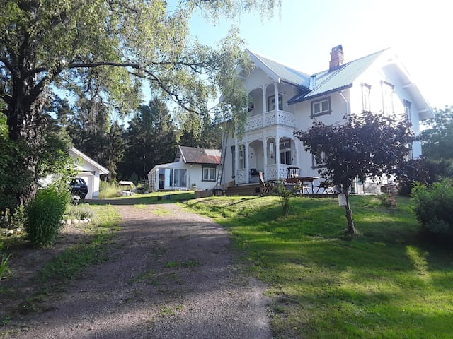 Villa Lågen.