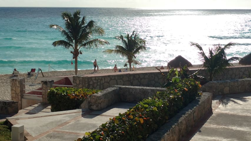 Solymar Beach Cancun