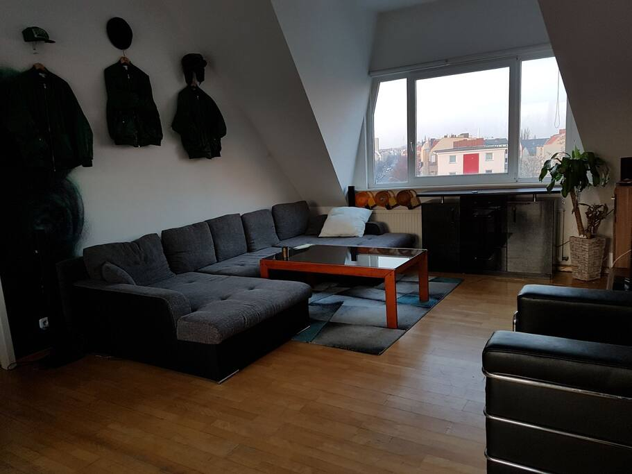 penthouseroom above the roofs of neuk lln berlin. Black Bedroom Furniture Sets. Home Design Ideas