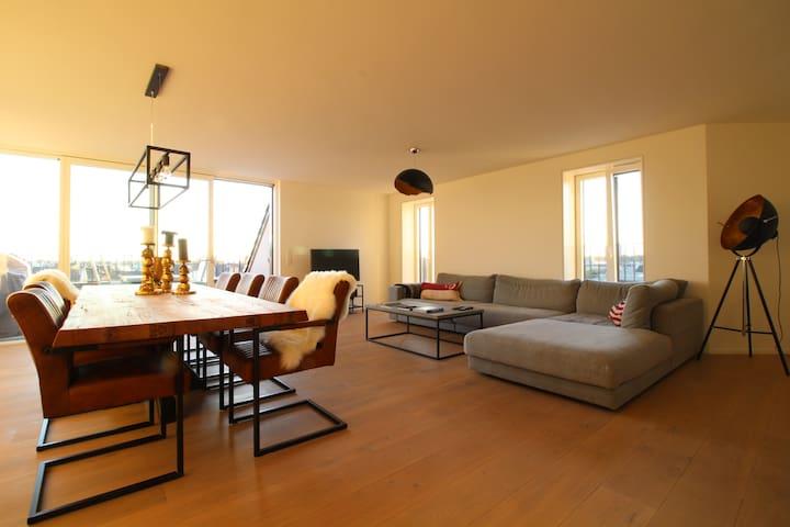 ★ Penthouse Wohnung mitten im Karoviertel ★