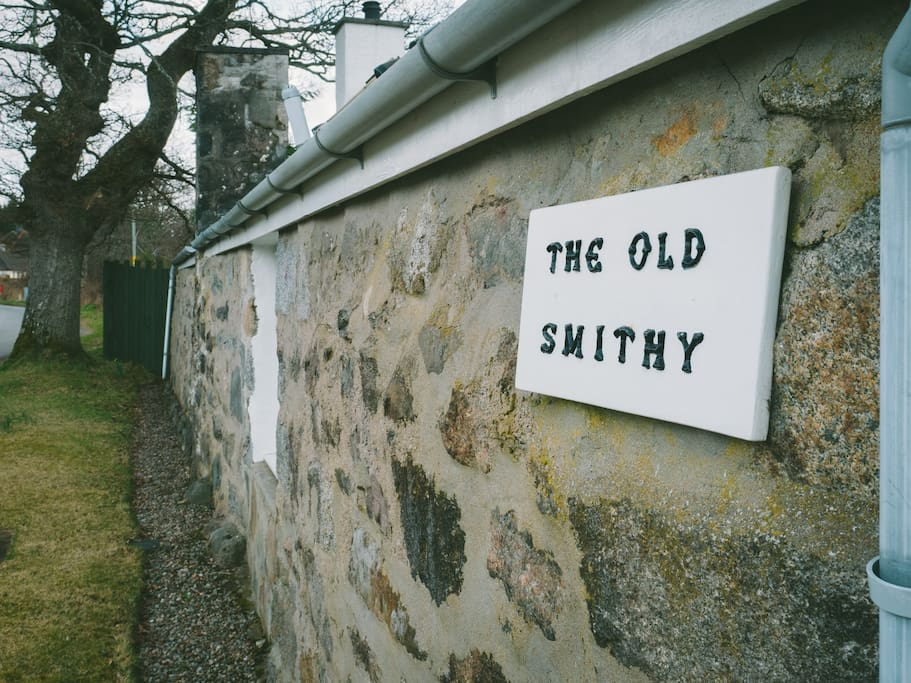 The Old Smithy sign
