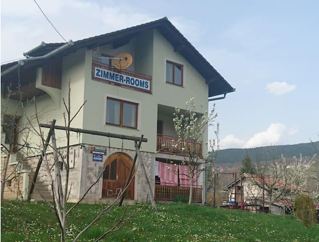 Private chamber near pliva lakes - Vlasinje - Appartement