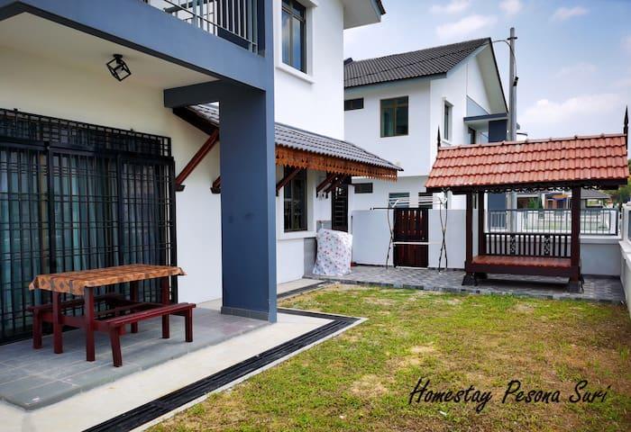 Pesona Suri Homestay - Batu Pahat (Muslim Only)