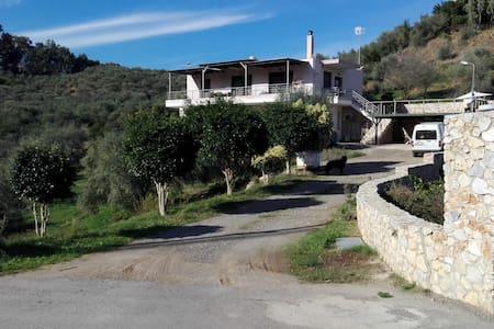 VILLA SKOULAKIS - Chania - Villa