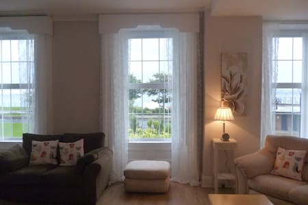 Ashore Terrace (15 mins from Belfast) & sea views - Carrickfergus - Σπίτι