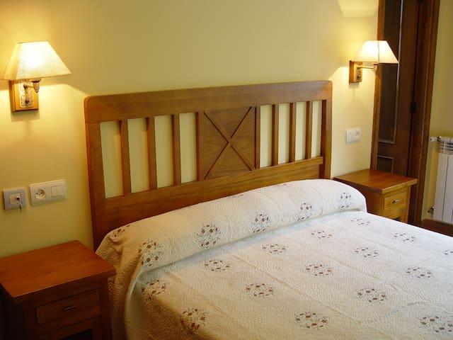 Casa Muniellos en el bosque del oso - Cangas del Narcea - Bed & Breakfast