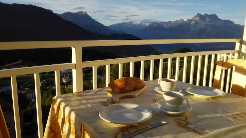 Large family apartment, great view - Leysin - Pis