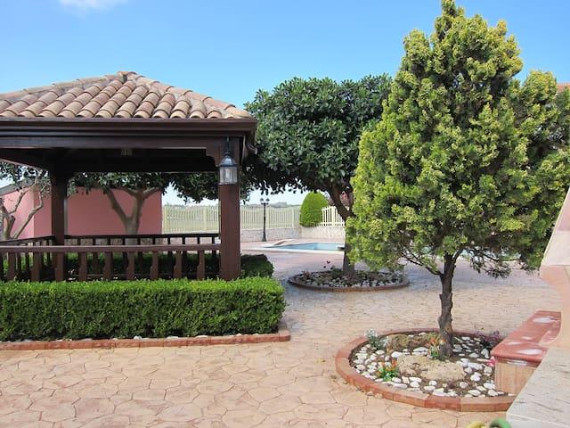 Villa con piscina a 50 metri dal Mare - Isola di Capo Rizzuto - Huoneisto