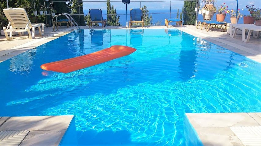 Flat in Paxos,  Ionion Islands - Paxos - Apartment