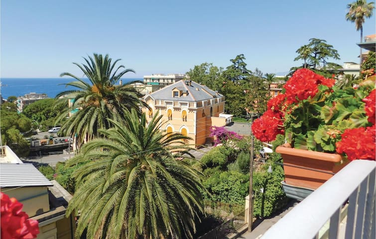 Holiday cottage with 1 bedroom on 68 m² in Genova -GE-