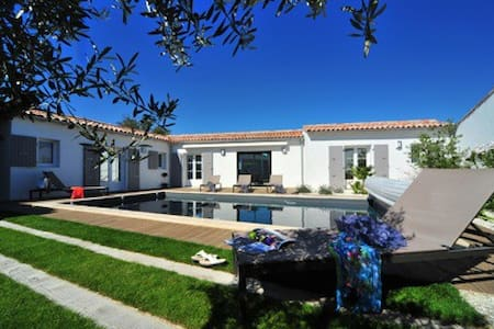villa recente classée 4* au calme proche port - Rivedoux-Plage