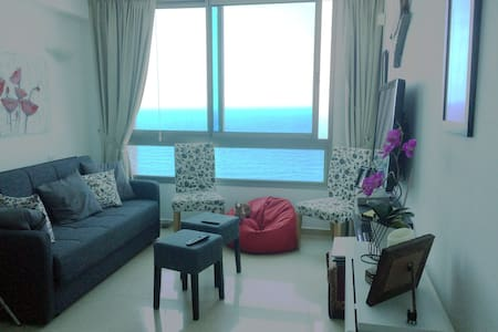 Modern sea front apartment in Netanya city center