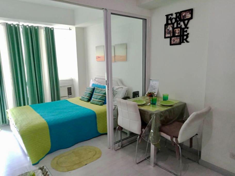 Bedroom & Dining