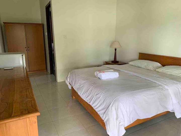 Kachappa Beach Resort. Queen Bed Front Beach Villa