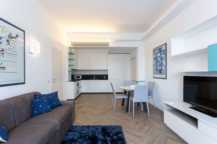 PRESTIGIOUS Apartament in center MILANO
