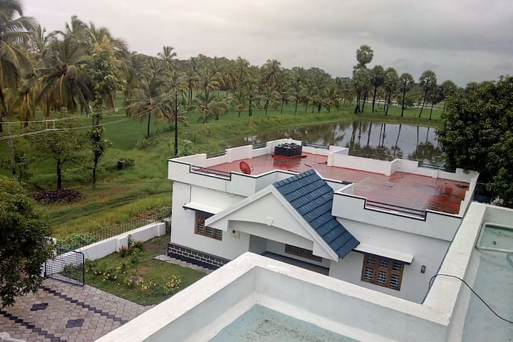 Kutharayil Farm House