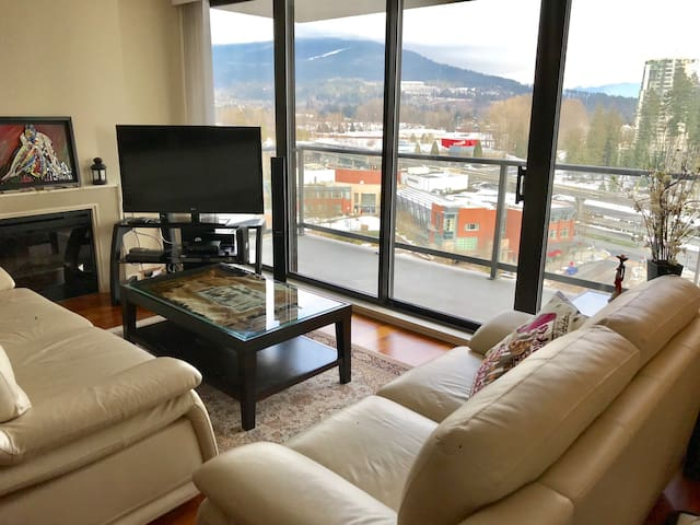 2 Bedroom View Condo!