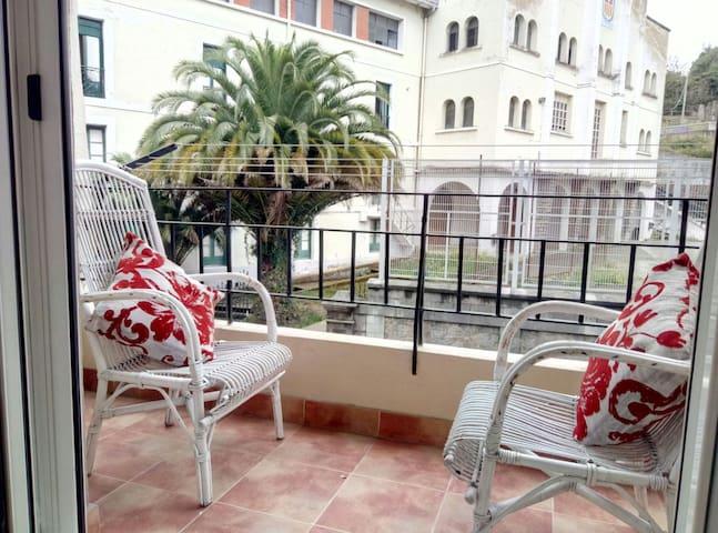 Lekeitio renewed apartment 2 rooms, beach, center
