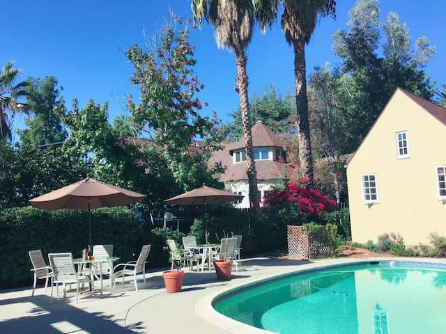 Lovely Independent guest house in Pasadena - Pasadena - Huis