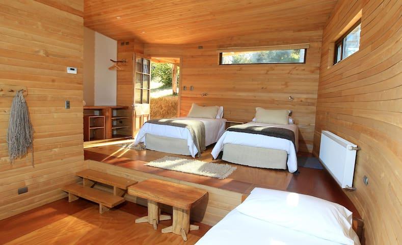 Chiloe, Hotel Refugio Pullao