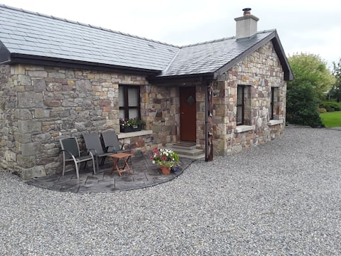 Cosy cottage with amazing views  of the Galtees