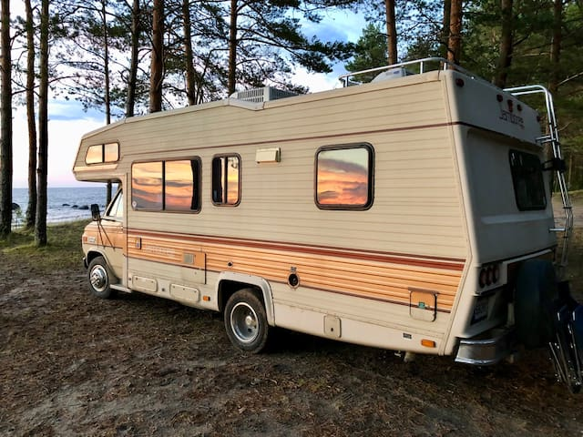Chevy '84 dream camper