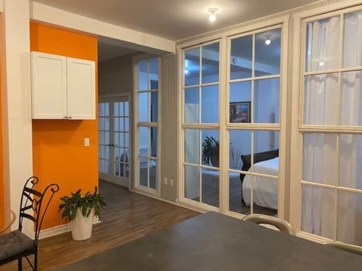 Logement 4 1/2 Style loft à coté du Lac Champlain