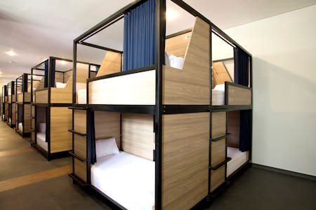 Bedroom / Tempat Tidur