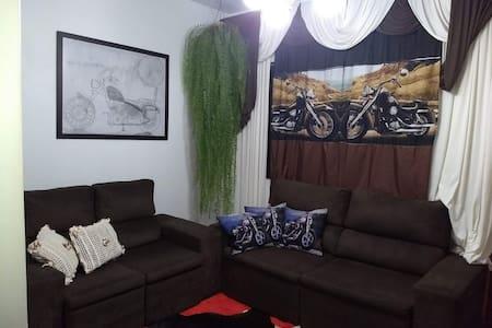 Quarto em Casa de Motociclista em Mal C. Rondon PR