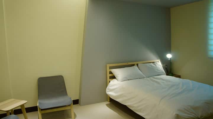 South Village Woody Double Room