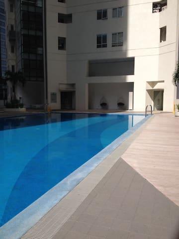 Luxury 3/4 beds duplex BGC Makati - Taguig - Apartemen