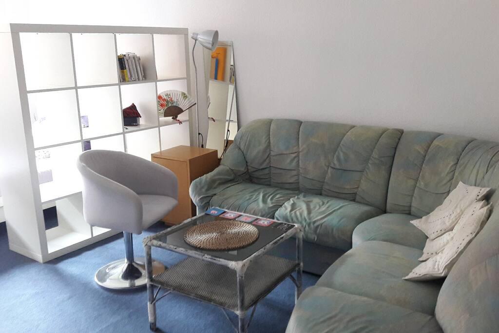 Pièce principale - espace salon