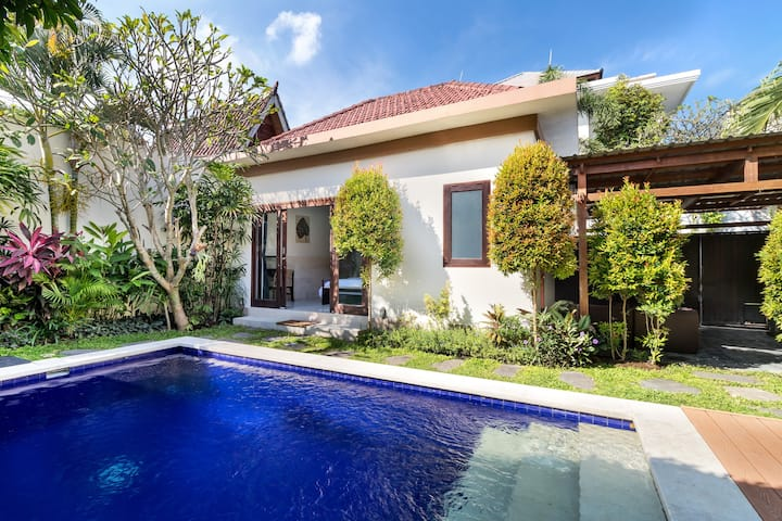 2bedrm Villa In Canggu Newly Renovated Villa Sari Villas For Rent In Kuta Utara Bali Indonesia