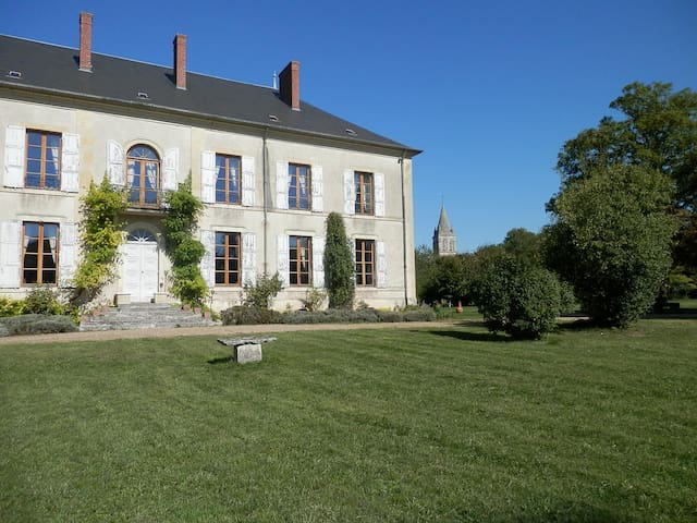 Château Charly: Holiday in Luxury in the Loire
