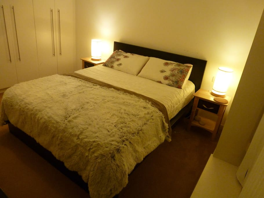 Bedroom (bed 200x160cm)