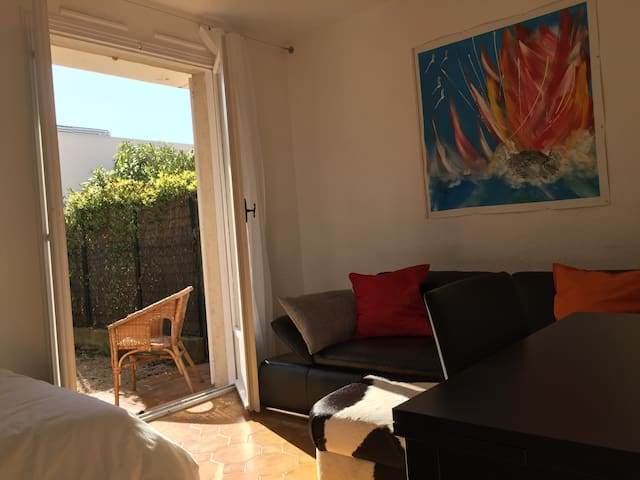 Nice studio with large patio in Saint Jean Village - Saint-Jean-Cap-Ferrat - Byt