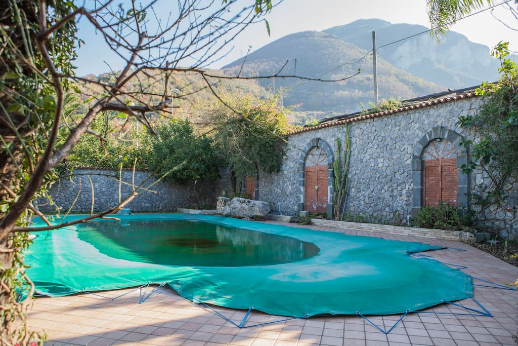 Chalet con uso piscina 5 persone cabins for rent in - Piscina sant albino ...