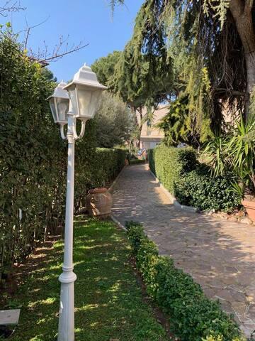 Stunning Villa in Rome situated in Talenti