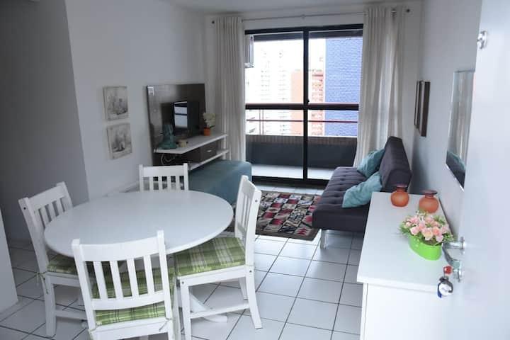 Excelente apartamento próximo à beira mar