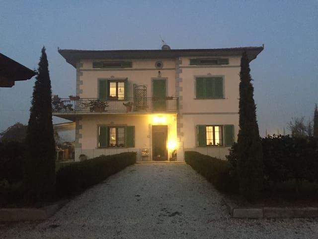 Comodo attico Pistoia Firenze Prato - Quarrata - Vindsvåning