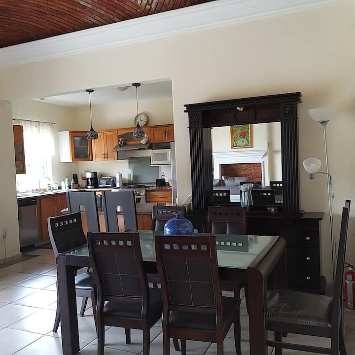 NICE HOUSE,QUIET,GATED COMMUNITY IN AJIJIC, MEXICO
