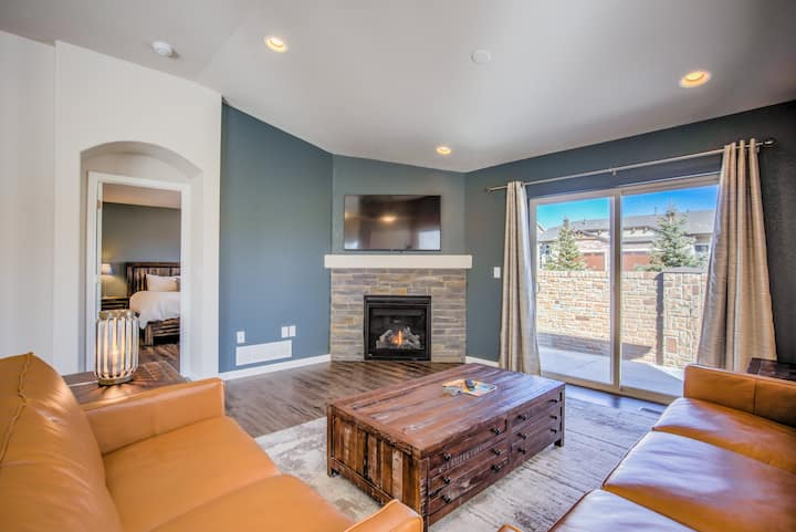 4BR Modern Townhome | Mid-Term & Corporate Rental