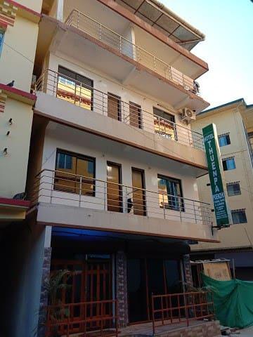 Hotel Thuenpa Puenzhi (4-Friends )