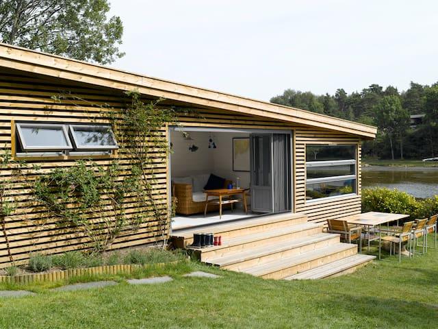 Seafront modern cabin in beautiful archipelago - Nøtterøy - Houten huisje