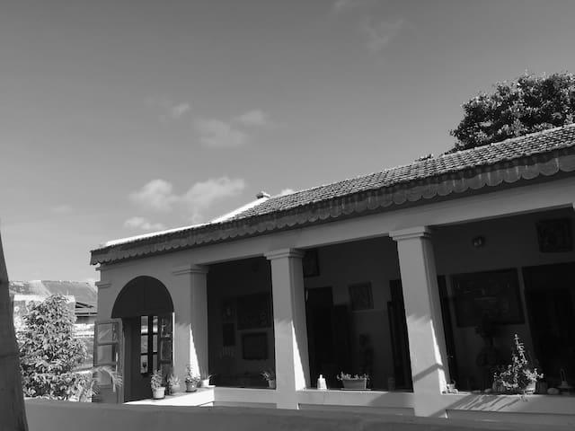 Belle chambre double au coeur de Gorée - ดาการ์ - บ้าน