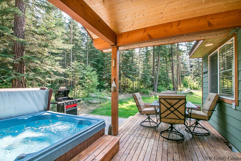 Private hot tub under the stars