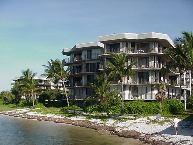 Turtle Palms - Key West Beachfront Condo